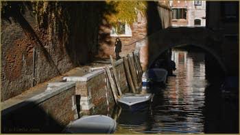 La Fondamenta et le rio dei Grimani, dans le Sestier du Cannaregio à Venise.