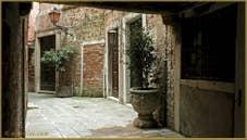 La Calle Corner, dans le Sestier du Cannaregio à Venise