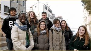 Les élèves du Lycée Scientifique de la Fondamenta Santa Giustina, dans le Sestier du Castello à Venise.