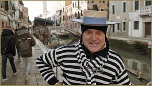 Le sympathique Gondolier Vittorio Postin.