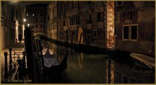 La nuit à Venise le long du rio de San Severo
