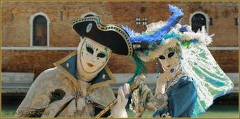 Le Carnaval de Venise : Grâce et élégance.