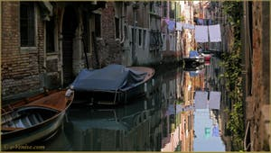 Le rio dei Scudi Santa Ternita, dans le Sestier du Castello à Venise.
