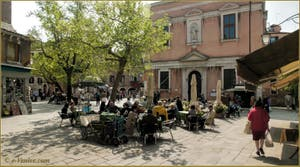 Le Campo dei Santi Apostoli, dans le Sestier du Cannaregio à Venise.