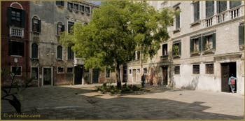 Le Campiello de la Cason, dans le Sestier du Cannaregio à Venise.