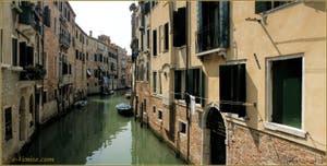 Le rio dei Santi Apostoli, dans le Sestier du Cannaregio à Venise.