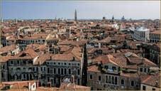Venise vue du ciel depuis le Campanile dei Santi Apostoli