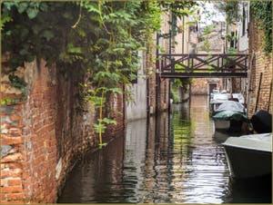 Le rio de la Racheta, dans le Sestier du Cannaregio à Venise.