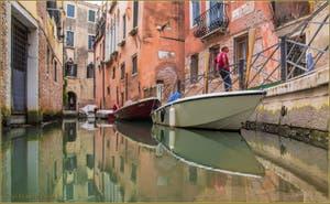 La Fondamenta drio Ruga Giuffa et le rio de San Zaninovo, dans le Sestier du Castello à Venise.