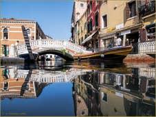 Le rio et le pont dei Frari