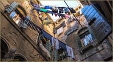 Lessive, Calle dei Volti