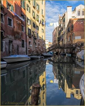 Le rio del Gheto et le Pont di Ghetto Nuovissimo, dans le Sestier du Cannaregio à Venise.