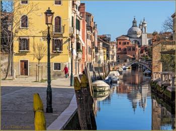 Le Rio dei Ognissanti et le Pont Trevisan, dans le Sestier du Dorsoduro à Venise.