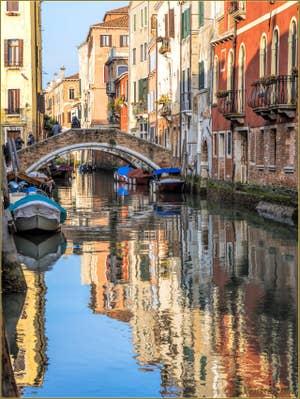 Le Rio de San Felice et le pont de la Racheta, dans le Sestier du Cannaregio à Venise.