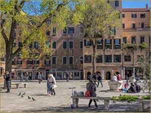 Le printemps au Ghetto de Venise, sur le Campo de Gheto Novo, dans le Cannaregio.