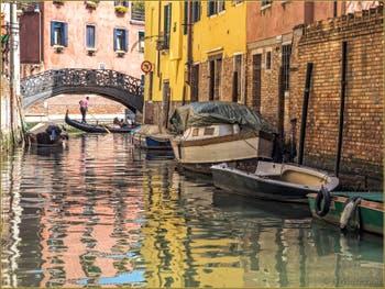 Le Pont de la Latte sur le Rio de San Giovanni Evangelista à Venise.
