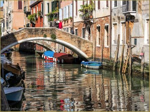 Le pont de la Racheta et le Rio de San Felice, dans le Sestier du Cannaregio à Venise.