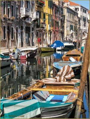 Le Rio de San Barnaba et la Fondamenta del Squero, dans le Sestier du Dorsoduro à Venise.