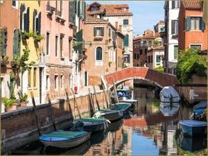 Le Rio et le Pont de Sant'Andrea, dans le Cannaregio à Venise.