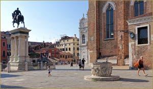 Le Campo San Giovanni e Paolo et la statue équestre de Bartolomeo Colleoni, dans le Sestier du Castello à Venise.