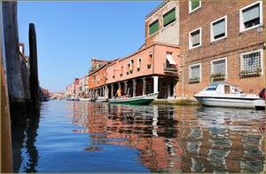 Le Rio dei Vetrai sur l'île de Murano à Venise.