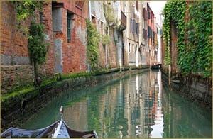 Le Rio de San Zuane, dans le Sestier de Santa Croce à Venise.