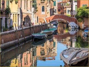 Le Rio, le pont  et la Fondamenta Sant'Andrea, dans le Sestier du Cannaregio à Venise.