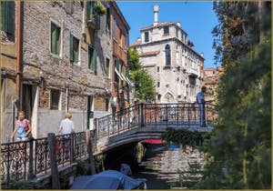 Le Palazzo Soranzo Van Axel, sur la Fondamenta de le Erbe, dans le Sestier du Cannaregio à Venise.
