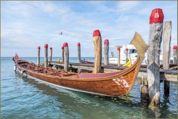 Gondolone à 10 rameurs à Portosecco sur l'île de Pellestrina, dans la lagune Sud de Venise.
