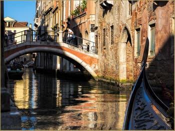 Le pont Ubaldo Belli et le Rio San Felice, dans le Sestier du Cannaregio à Venise.