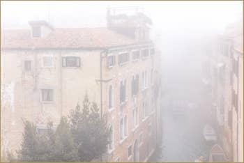 Joli Brouillard du Matin sur Venise