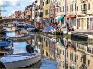 Douceur de Vivre Vénitienne, Rio dei Ormesini, dans le Sestier du Cannaregio à Venise.