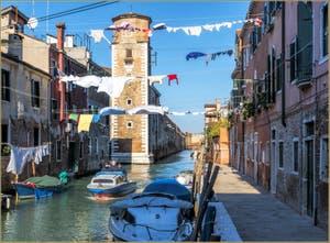 Le Rio de la Tana et l'Arsenal de Venise, dans le Sestier du Castello.