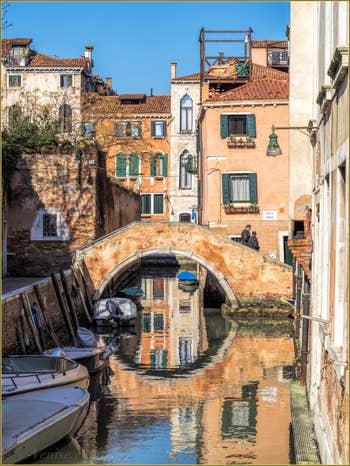 Le Rio dei Grimani et le Pont Moro, dans le Cannaregio à Venise.