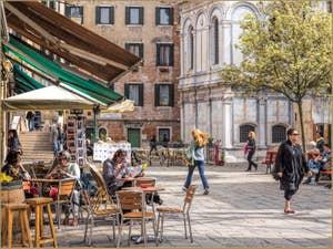 Le Printemps sur le Campo Santa Maria Nova, dans le Cannaregio à Venise.