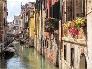 Rio de San Giovanni Laterano, et pont de l'Ospealeto, dans le Castello à Venise.