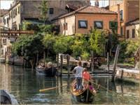 En bateau sur le Rio de la Sensa à Venise