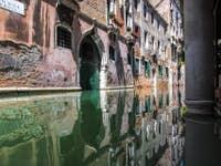Reflets Rio de la Verona à Venise