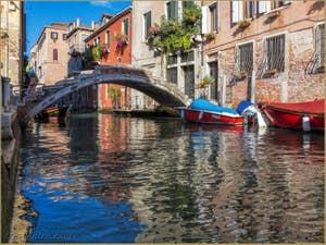Le Pont Chiodo et le Rio de San Felice dans le Cannaregio à Venise.