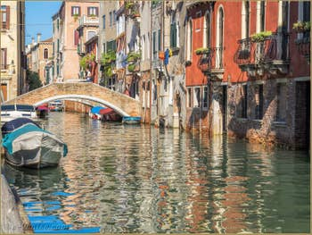 Le Rio de San Felice et le pont de la Racheta, dans le Cannaregio à Venise.