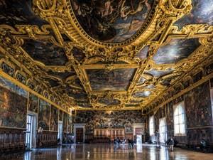 La Salle du Grand Conseil du Palais des Doges à Venise.