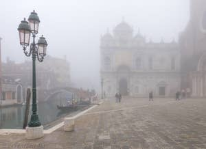 Brouillard Campo San Giovanni e Paolo à Venise.
