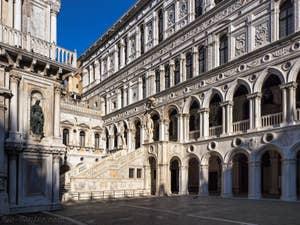 Escalier des Géants du Palais des Doges à Venise.