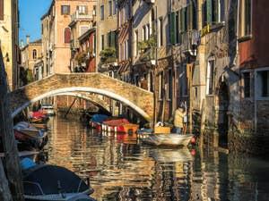 Le pont de la Racheta et le Rio de San Felice, dans le Cannaregio à Venise.