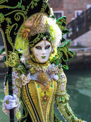 Carnaval de Venise, masque et costume.