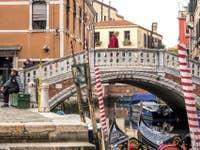 Gondolier et Gondoles aux Frari à Venise