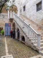 Palazzo Van Axel, Exposition Biennale à Venise.