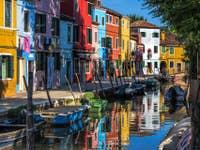 Couleurs uniques de l'île de Burano à Venise