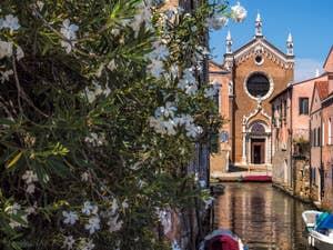 Le Rio Brazzo et la Madona de l'Orto, dans le Cannaregio à Venise.