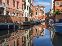 Les Reflets du Rio de Sant Andrea à Venise